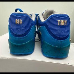Custom Nike Airmaxes